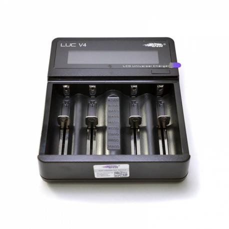 Зарядное устройство для аккумулятора Efest LUC V4